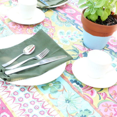 2 Tablescapes for Outdoor Dining