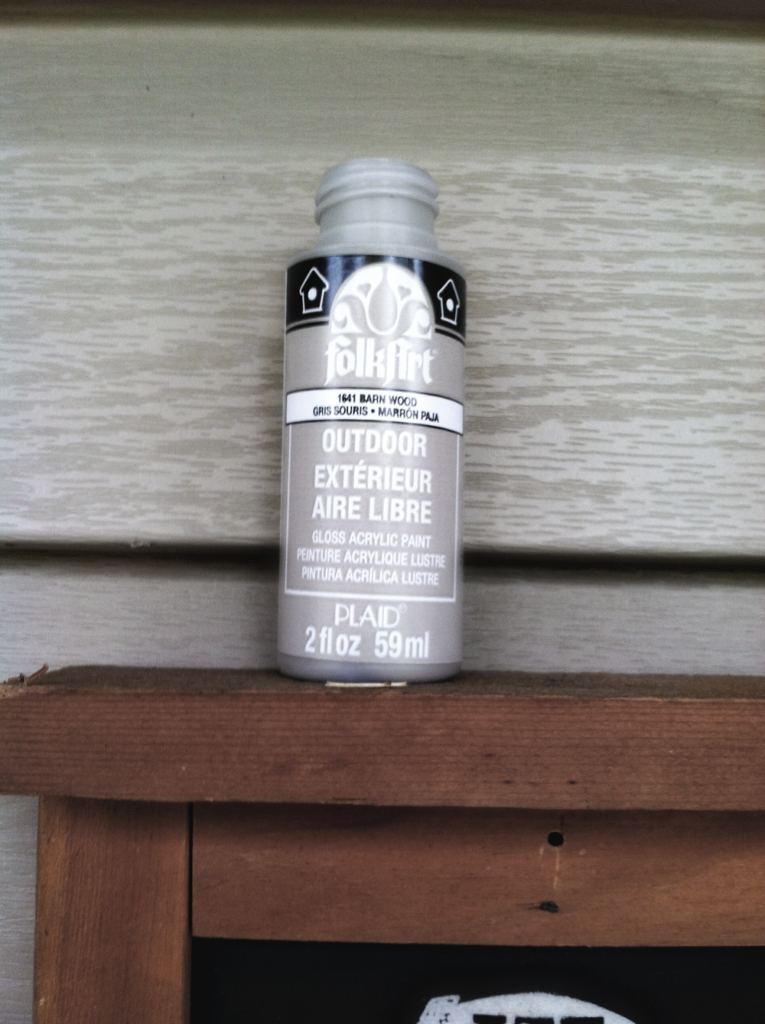 Outdoor Paint to Patch Holes in Vinyl Siding
