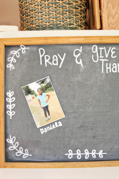 A Reminder to Pray and Give Thanks