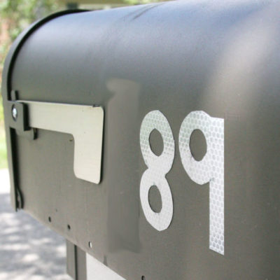 A Simple Tip // DIY Reflective Mailbox Numbers