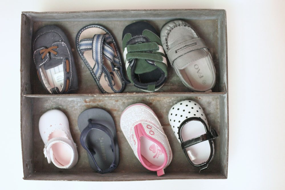baby-shoe-shadow-box-how-to-craftivity-designs-6