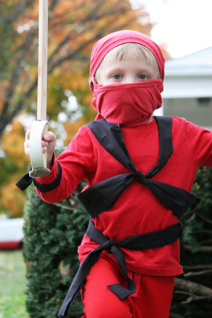 easy ninja costume for Halloween