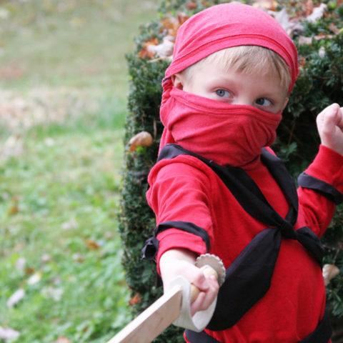 easy ninja costume for Halloween