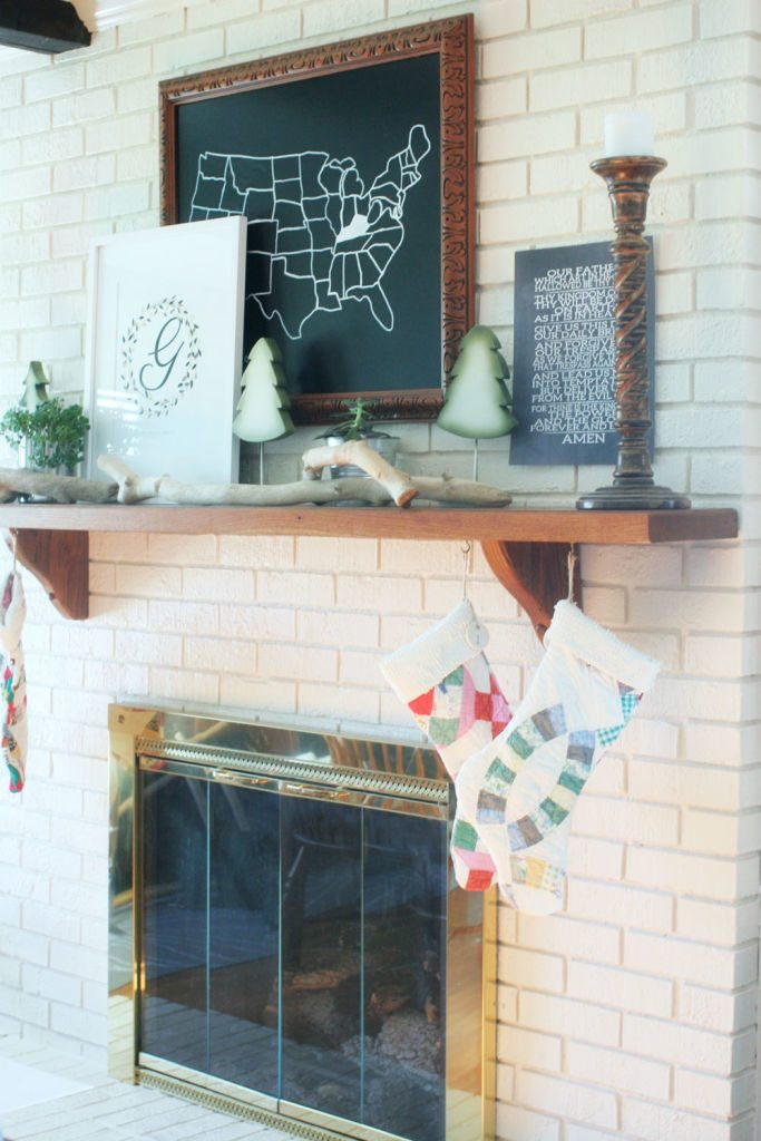 Christmas Mantle in green, black and white by @craftivityd
