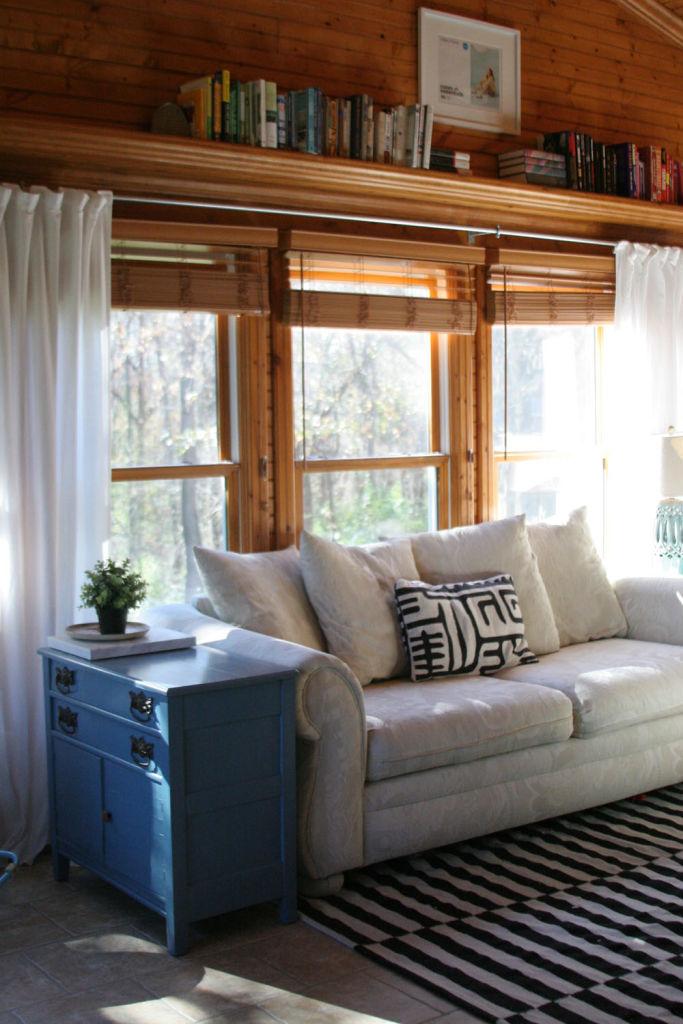 Ikea Small Bedroom Ideas: Ikea Pax Wardrobe Small Bedroom Small Closets01