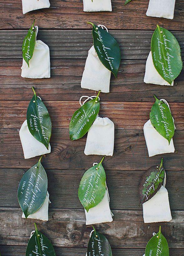magnolia leaves favors