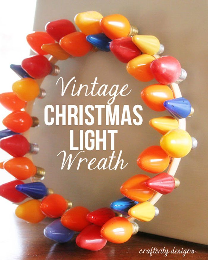 Make this Vintage Christmas Light Wreath in no time! It's a simple and quick craft that will inject a colorful and vintage vibe in your holiday decor. by @CraftivityD