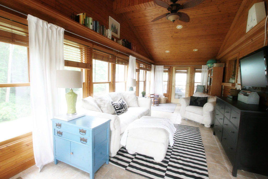 Sunroom, Light & Bright Eclectic Home Tour by @CraftivityD