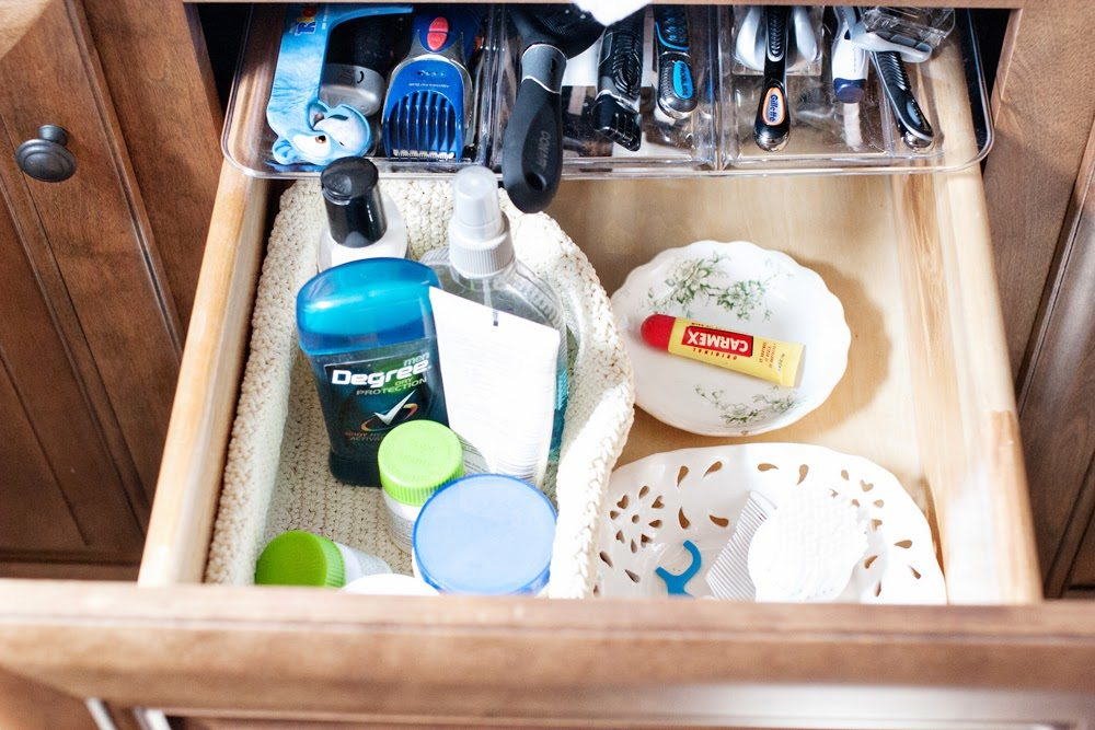 10 Most Popular Organization Ideas - #6 Organize a small drawer and find storage items from the dollar store or around the house - by @CraftivityD
