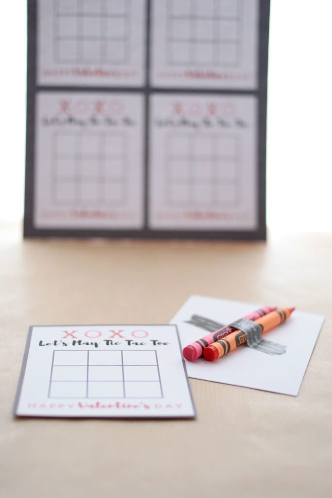 Tic Tac Toe Valentine Card printables with crayons