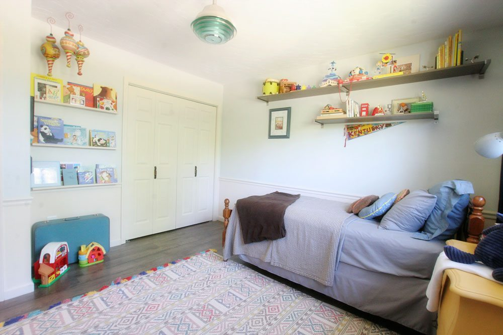 Kids Bedroom, Light & Bright Eclectic Home Tour by @CraftivityD