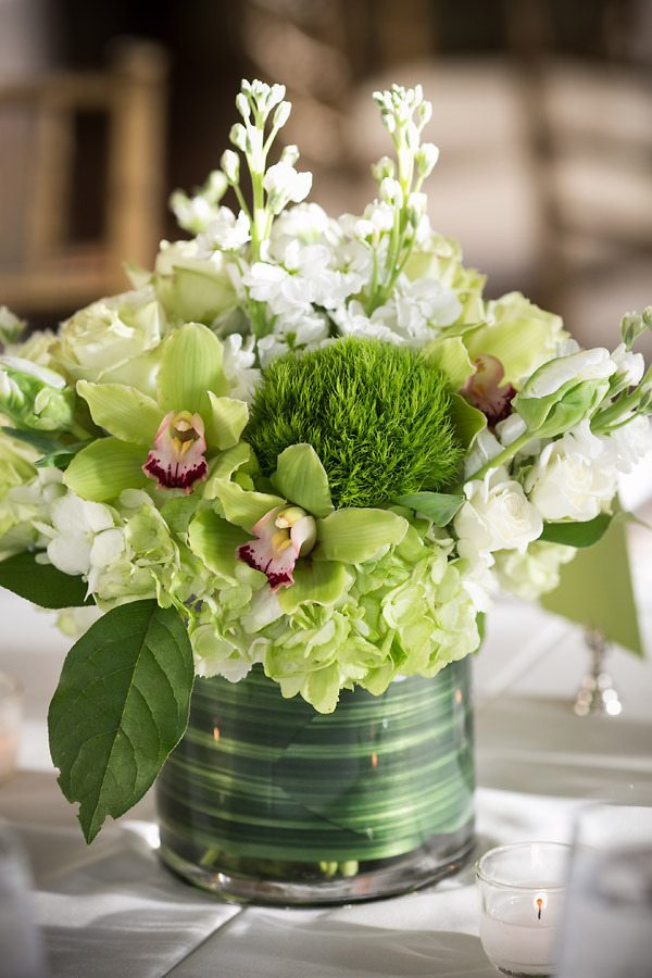 15 Spring Floral Arrangement Ideas // Green, White