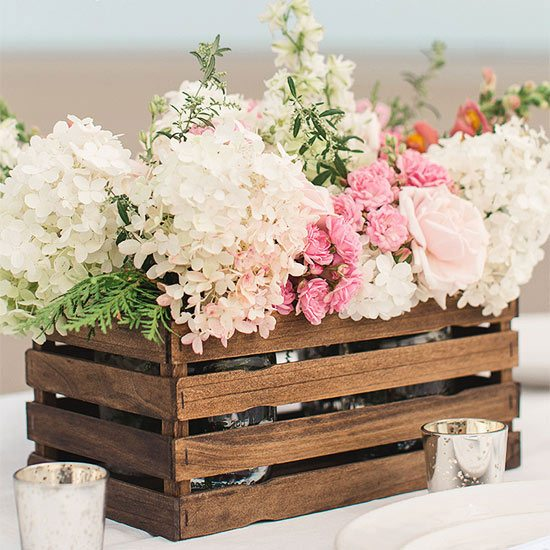15 Spring Floral Arrangement Ideas // Hydrangea and Rose, Crate, Pink and White