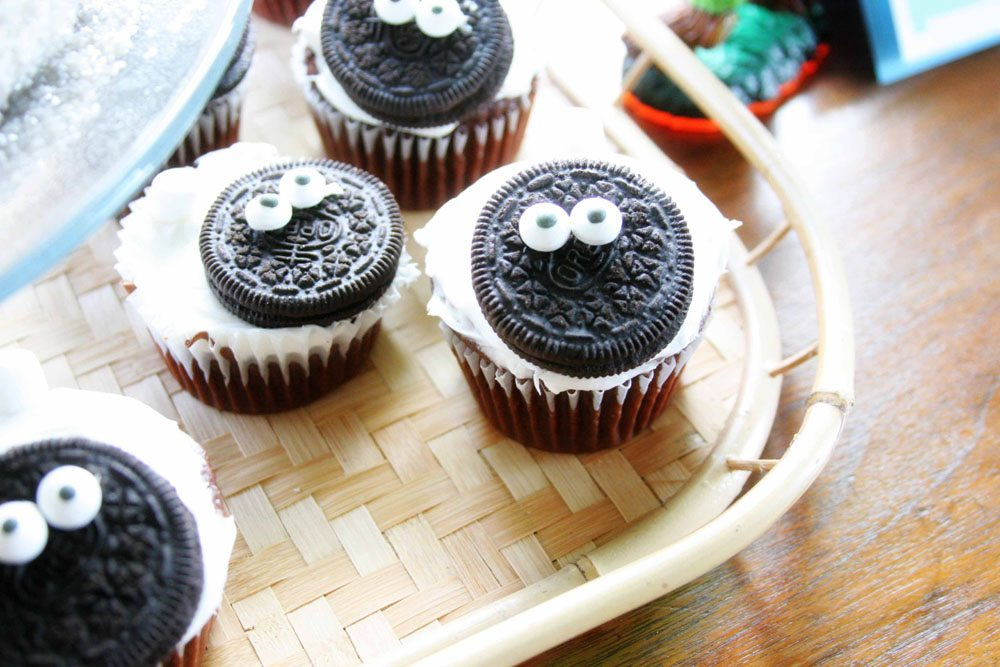 Sheep Cupcakes, Easy Skylanders Birthday Party by @CraftivityD