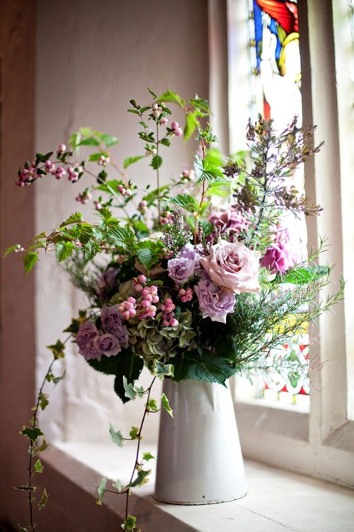 15 Spring Floral Arrangement Ideas // Pink, Green, Rose, Ivy