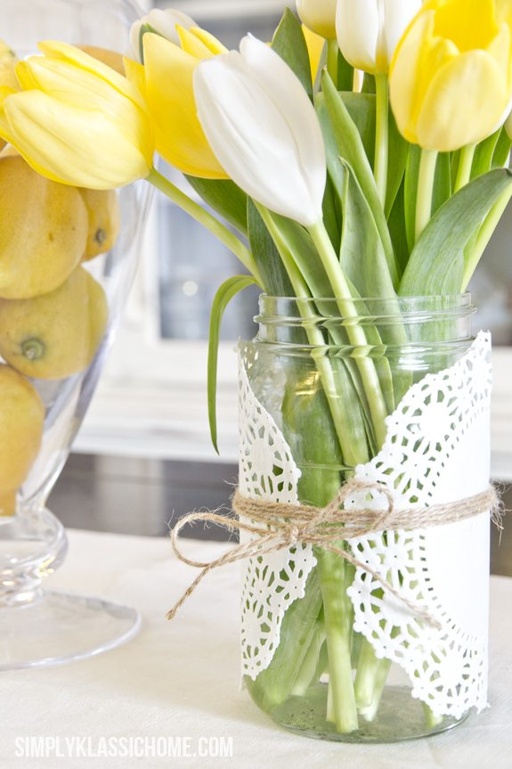 15 Spring Floral Arrangement Ideas // Yellow, White, Tulip, Doily, Twine, Mason Jar