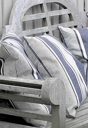 14 Outdoor Pillow Fabrics and Combinations by @CraftivityD-- photo from Anton & K