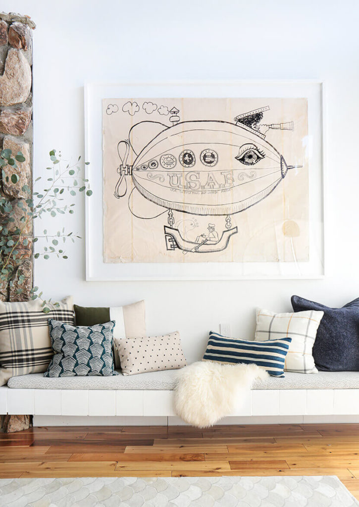 14 Outdoor Pillow Fabrics and Combinations by @CraftivityD-- photo from Emily Henderson