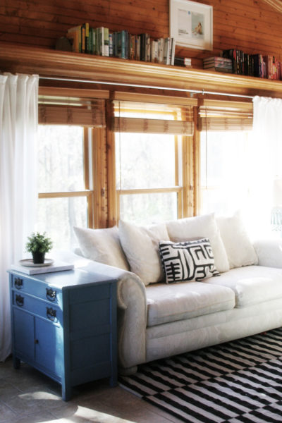 How to DIY Long Curtain Rods. Our sunroom is a large room, filled with windows. Purchasing curtain rods would have been much more expensive than this DIY solution. by @CraftivityD