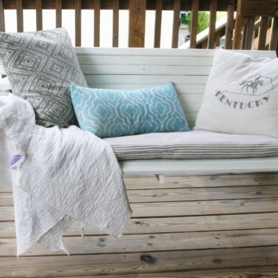 How to Create a Cozy Outdoor Space