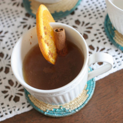 Simple Hot Apple Cider Bar for Fall Entertaining