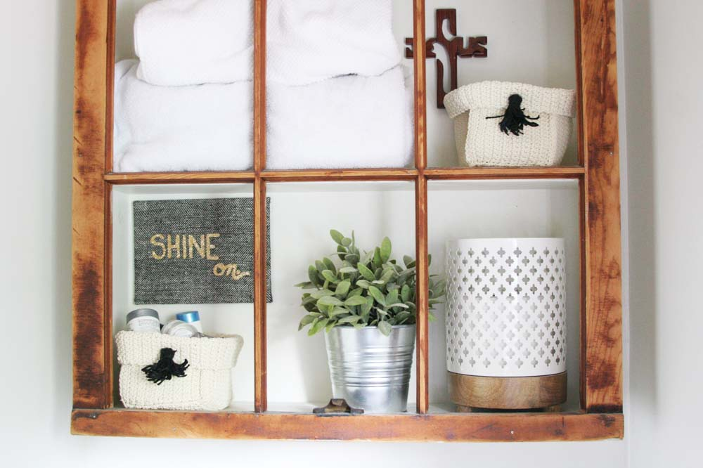 Easy Bathroom Organization Ideas for a quick and stylish refresh. @CraftivityD
