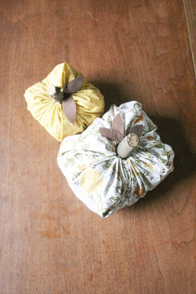 How To Make A Fabric Pumpkin From A Cloth Napkin