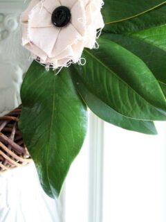 Simple DIY Magnolia Wreath by @CraftivityD