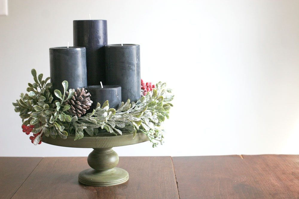 modern advent wreath, black candles, christmas centerpiece