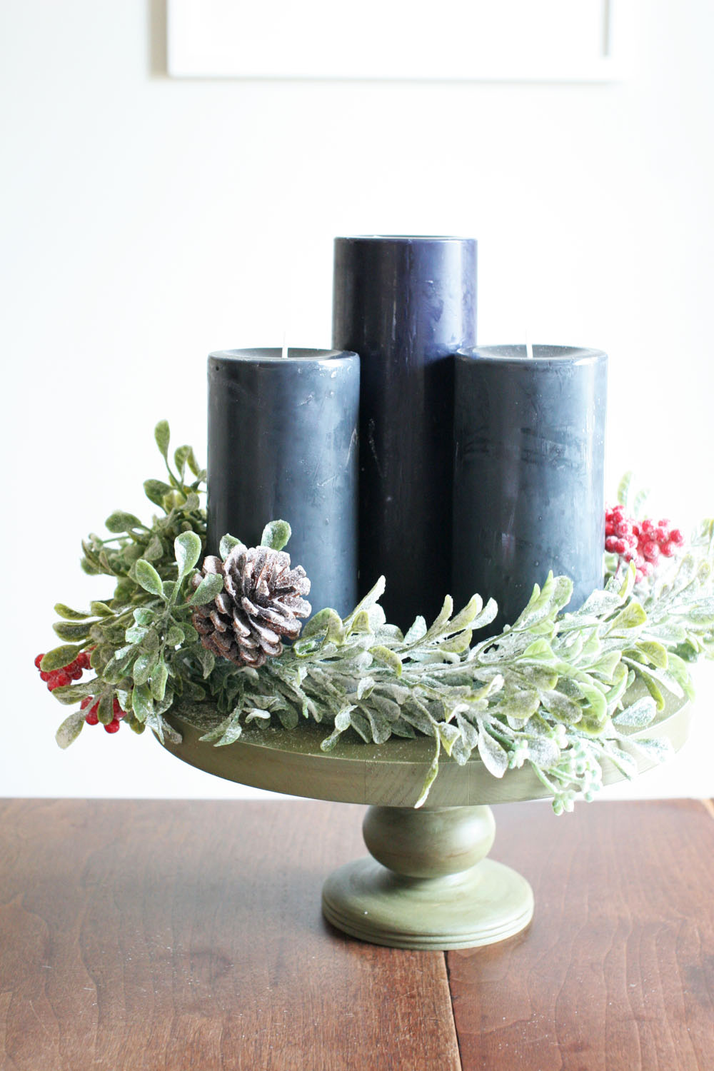 A diy modern advent wreath with candles