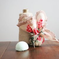 Vintage Linen Wrapped Bath Bombs