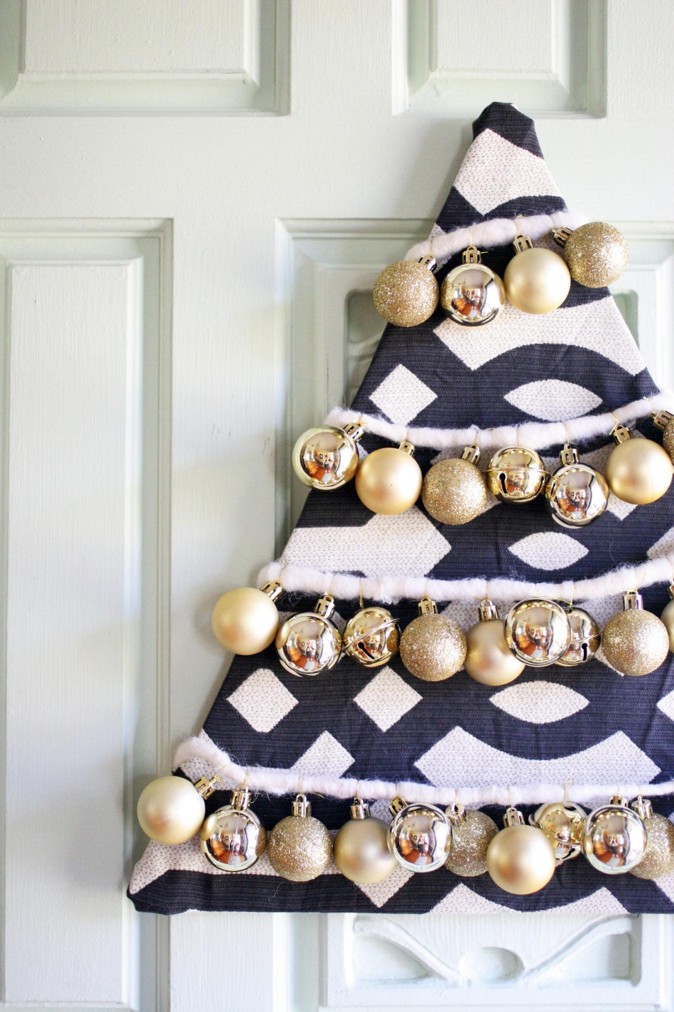 How To Make A Beautiful Diy Christmas Tree Wreath