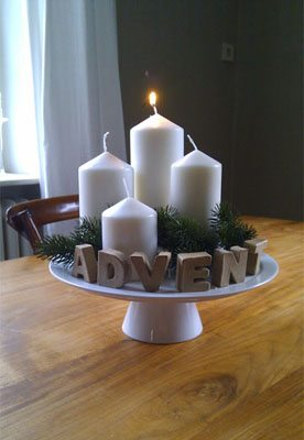 DIY advent wreath on a cake stand with craft letters