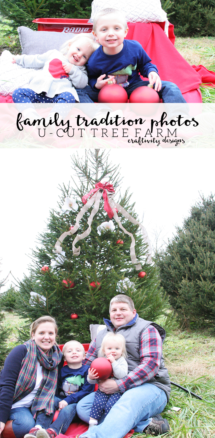 Family Tradition Photos, Family Christmas Photos, U-Cut Tree Farm Photos by @CraftivityD
