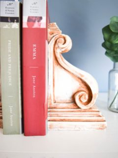 Rustic Corbel Bookends with 2 Books