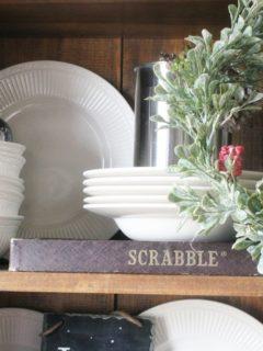 5 Simple Christmas Decorating Tips, Simply Seasonal, Christmas Home Tour by @CraftivityD