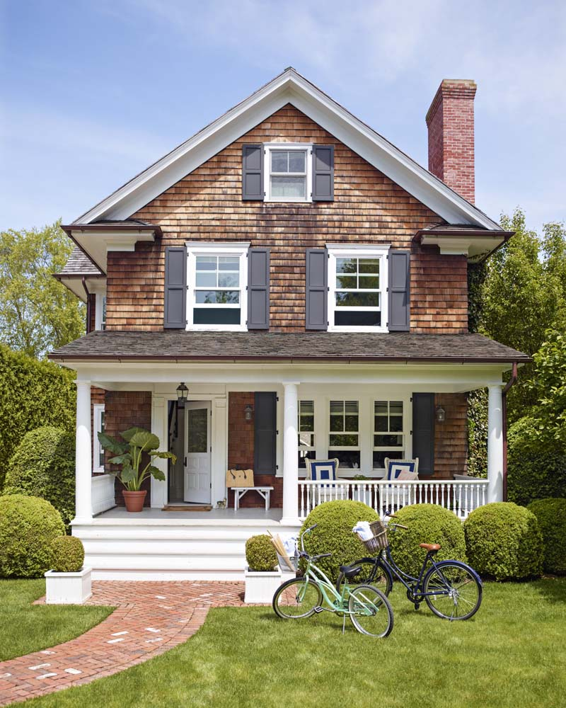 Coastal Style Front Porch, White Front Door Ideas, Exterior Design and Front Porch Ideas with paint color suggestions. by @CraftivityD
