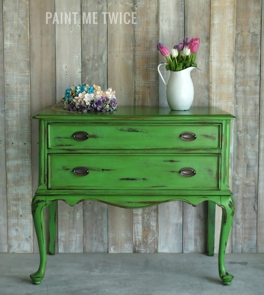 Using Painted Furniture In Interiors