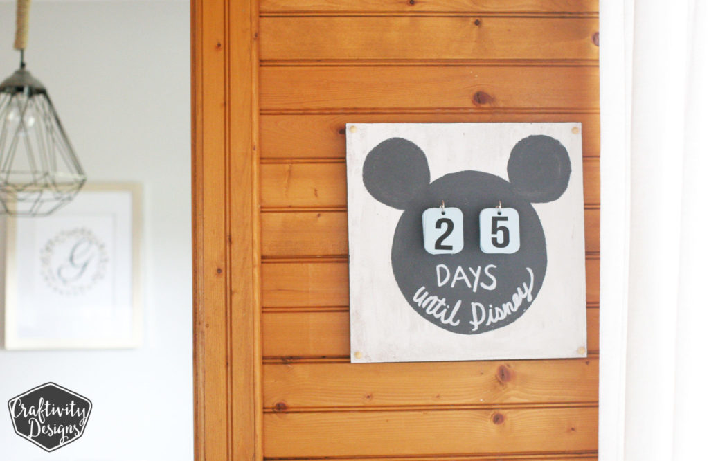 """How to Make a Disney Countdown Calendar, Disney Trip, DIsney Vacation Countdown, Disney Ideas"