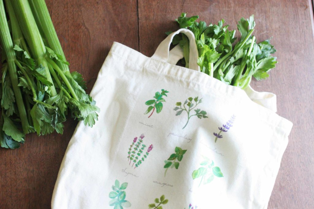 Learn hot to make a DIY Tote Bag for the Farmer's Market, Herbs, Botanicals, Market Tote, Market Bag