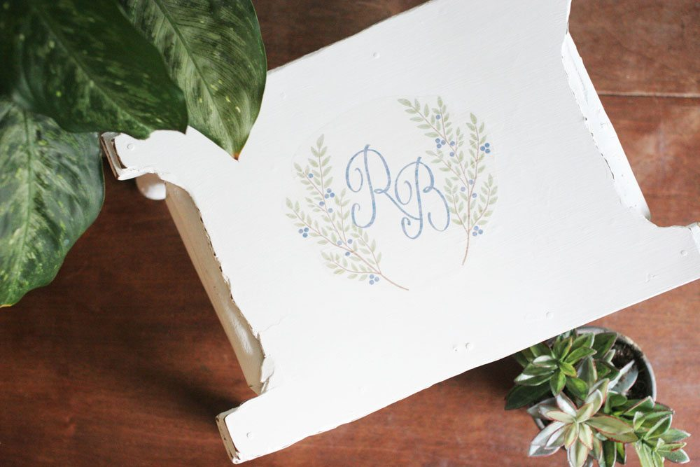 How to Embrace the Imperfections in Heirloom Furniture. How to add a monogram to furniture. Plus, a FREE Printable Laurel Wreath. Craftivity Designs