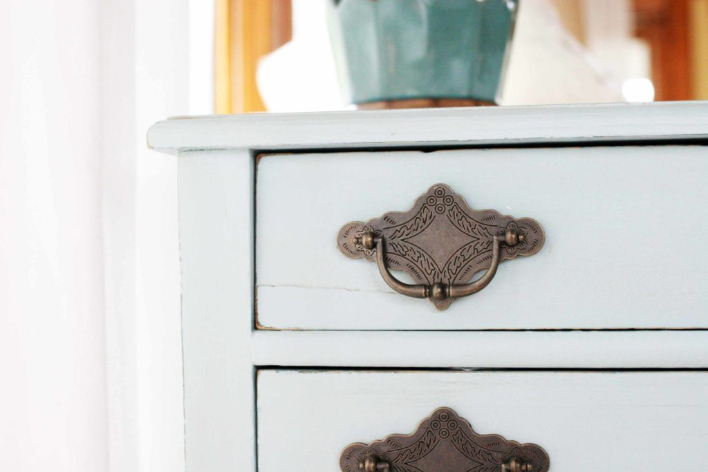 How to Distress Furniture with Chalky Finish Paint. How to Choose Hardware for Vintage Furniture. DecoArt Americana Decor Chalky Finish Paint in Vintage. Painted Furniture Makeovers. @CraftivityD