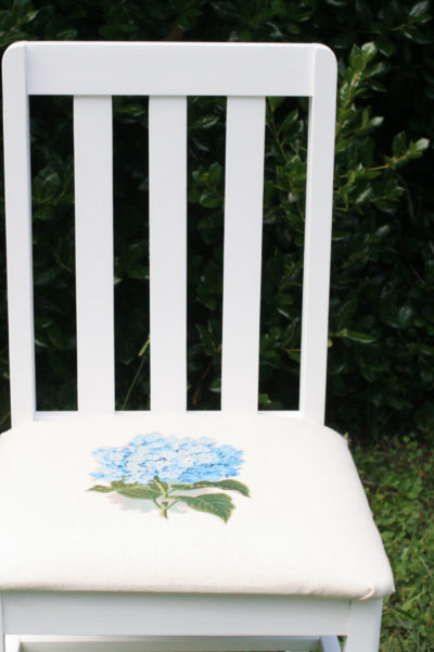 How to make a DIY Farmhouse Chair