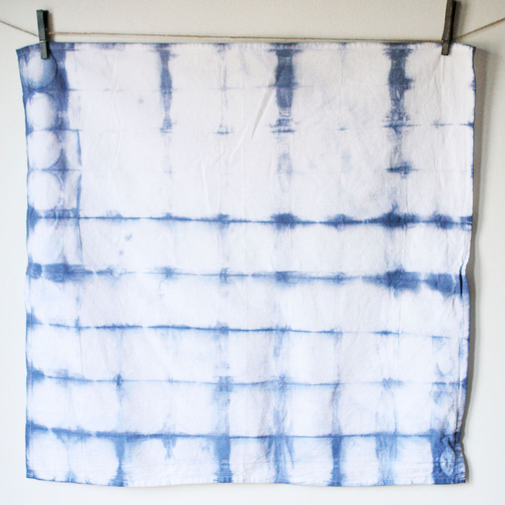 round itajime, shibori, technique, tie dye design