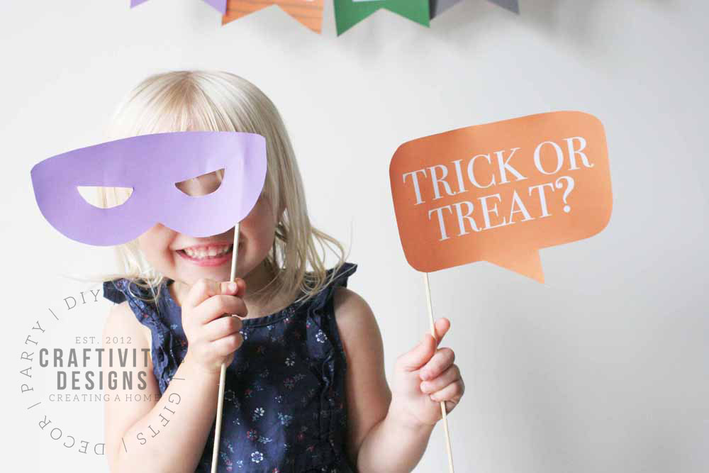 halloween photo booth props printable, halloween photo booth backdrop