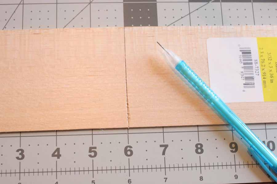 mark balsa wood with pencil