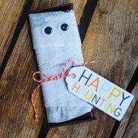 Candy Bar Mummy Halloween Gift Idea