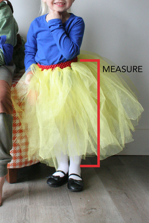 How to measure the length of a tulle skirt for a DIY Snow White Costume