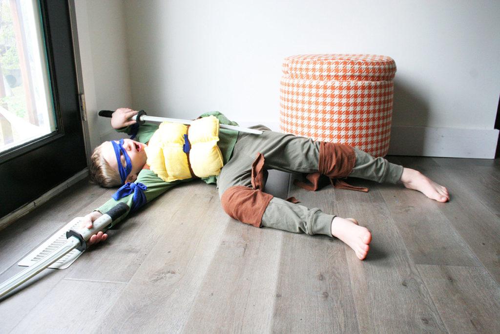 DIY Teenage Mutant Ninja Turtle Costume Leonardo
