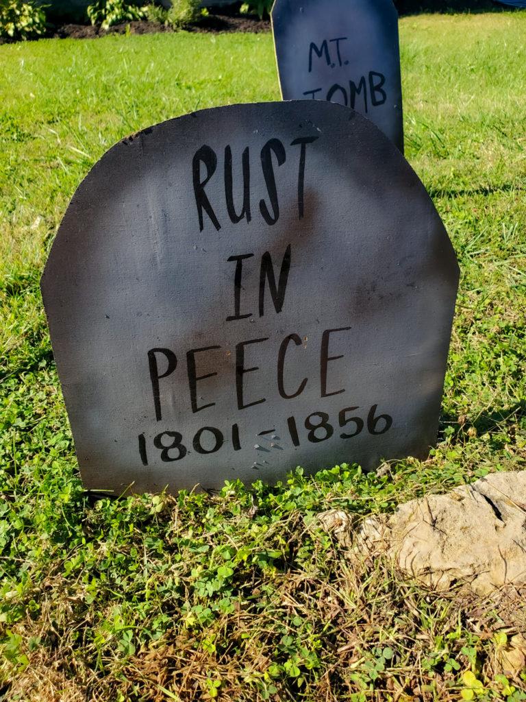 tombstone saying - rust in peece